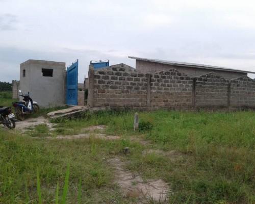 Maison clôturée à vendre Abomey-Calavi