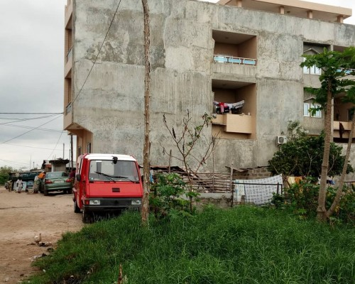 Grandes Parcelles recasées et habitables à Agla (13ème arrondissement de Cotonou